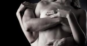 uomo e donna che fanno sesso